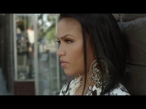 Cassie feat Rick Ross- Numb (Music Video)