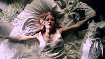 Ellie Goulding- Figure 8 (Music Video)