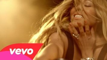 Mariah Carey feat Miguel- Beautiful (Music Video)