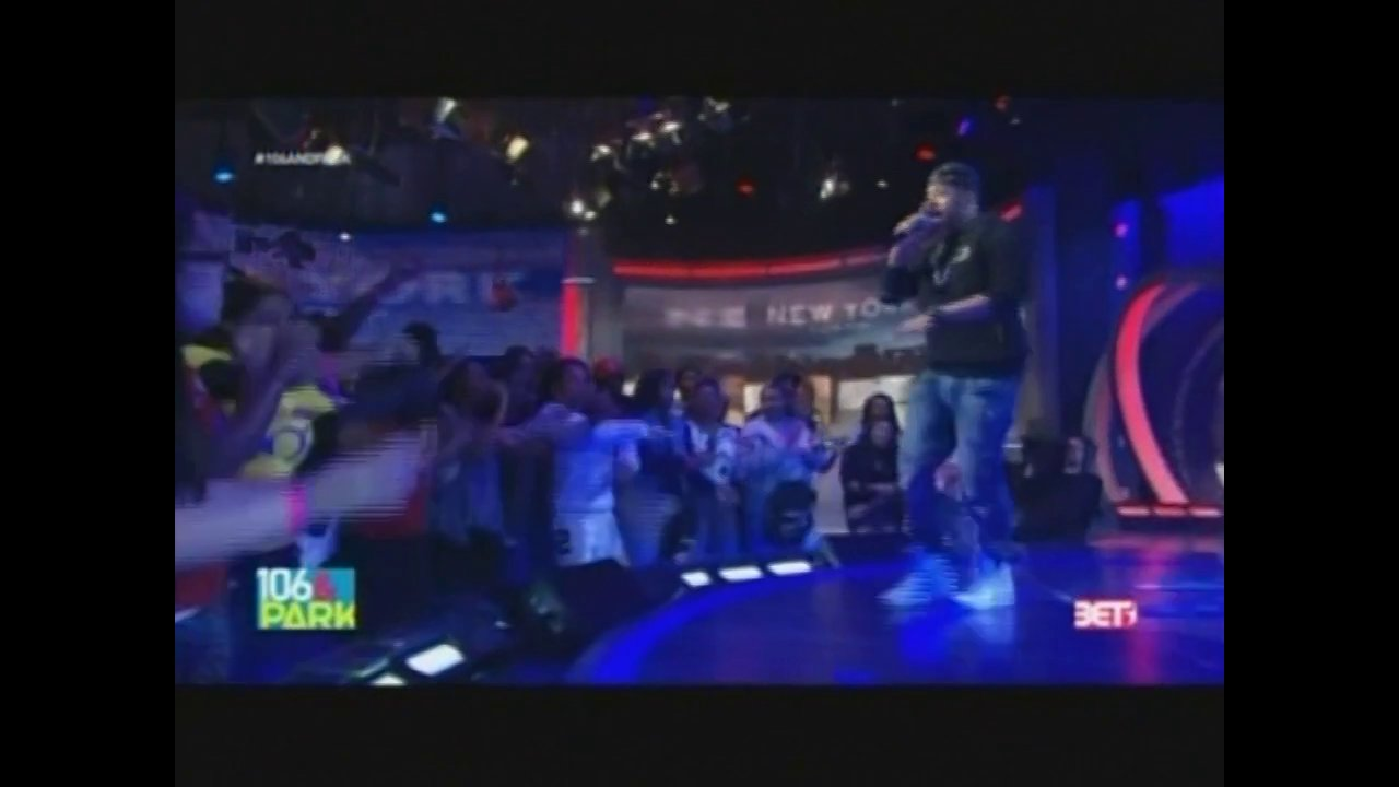 "Mack Wilds & DJ Reg West Perform ""Own It"" On 106 & Park"