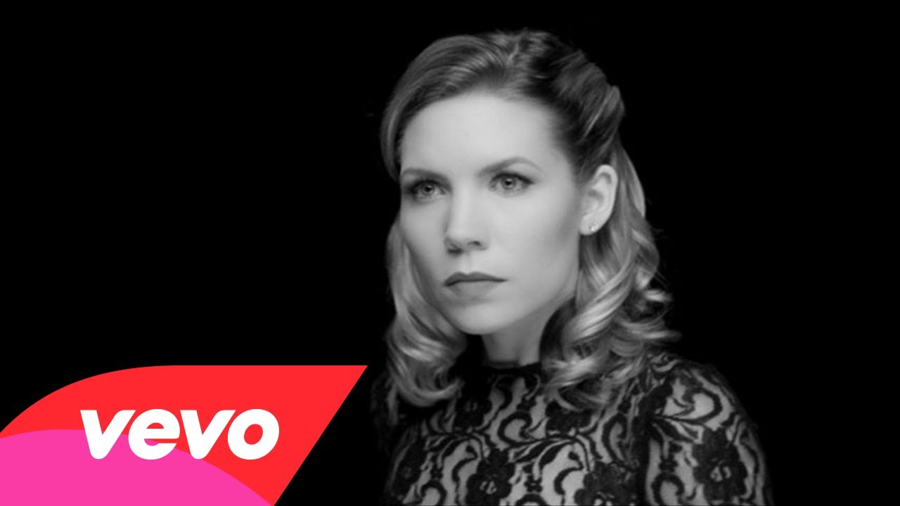 Skylar Grey feat Big Sean & Travis Barker- Back From The Dead (Music Video)