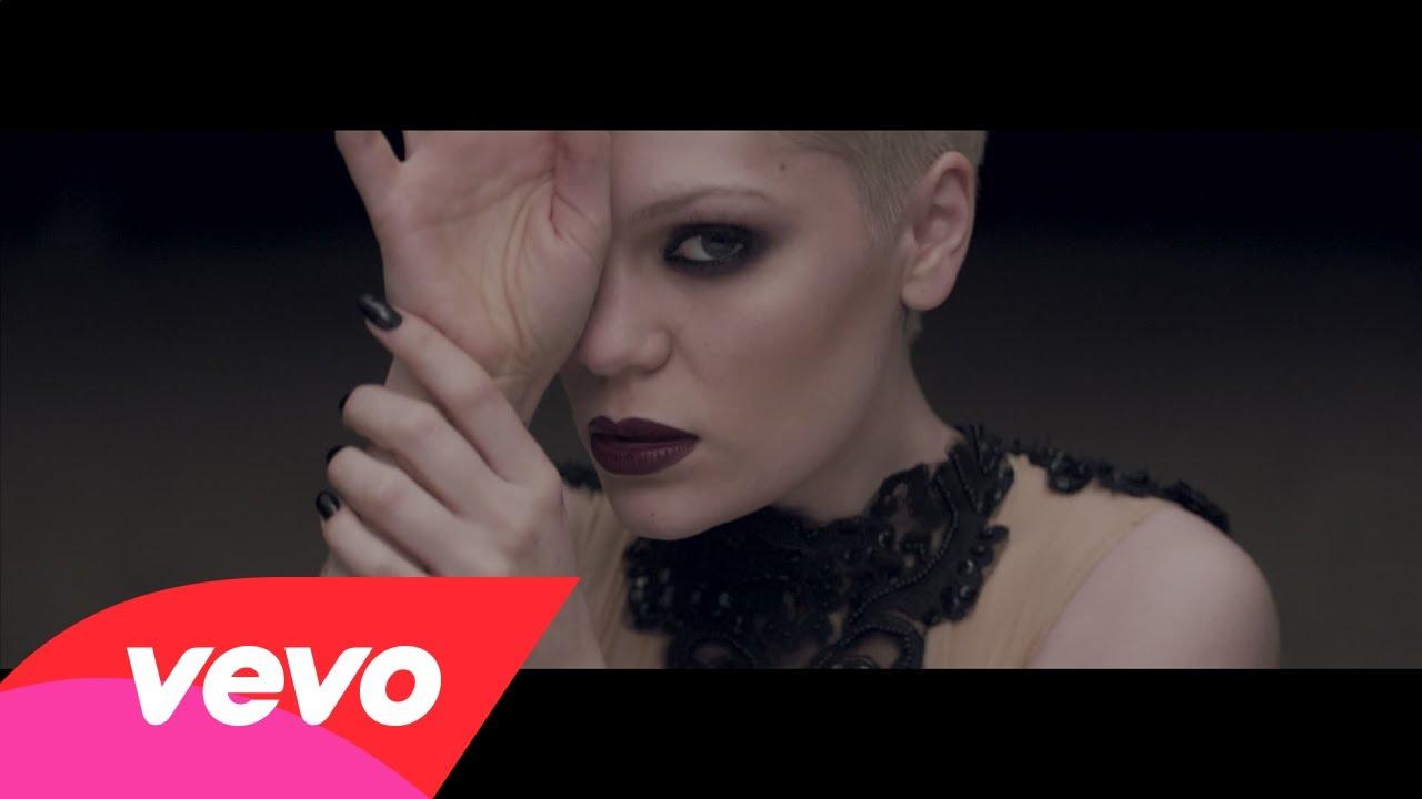 Jessie J- Thunder (Music Video)