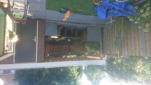 Het eindresultaat een ingerichte terrasoverkapping