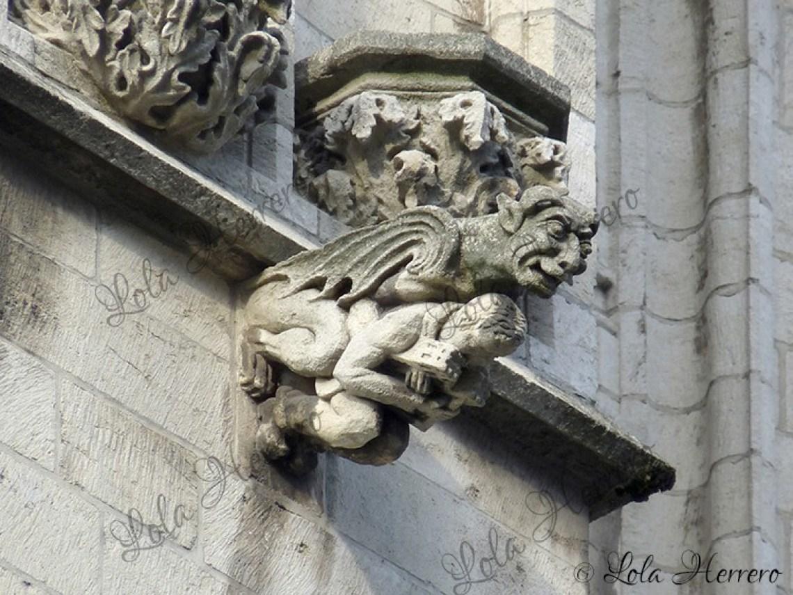 Gárgola Catedral Bruselas (Bélgica) (346)