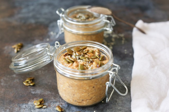 Pumpkin Spice Latte Overnight Oats with Maple Pepitas- Domesticate ME!