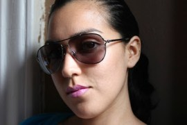 Jessica-Flores-Shades-and-Bright-MAC-Lips