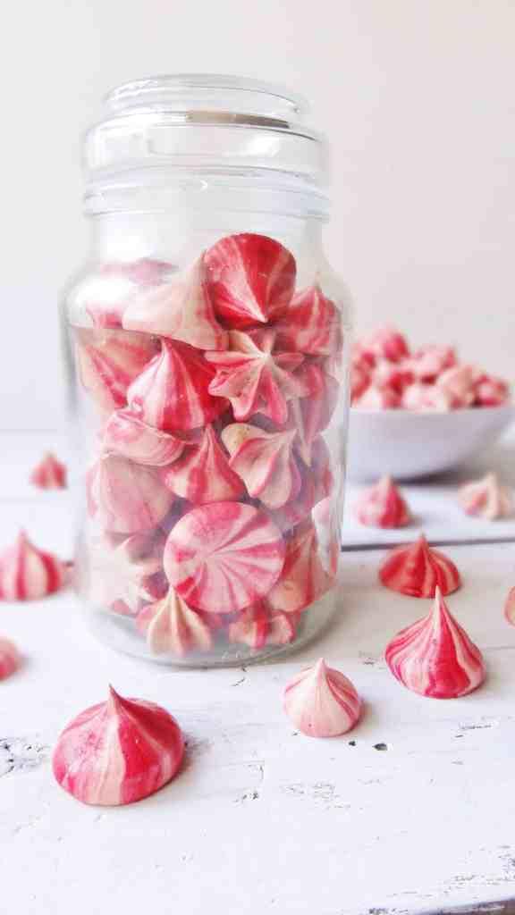 striped raspberry meringue kisses