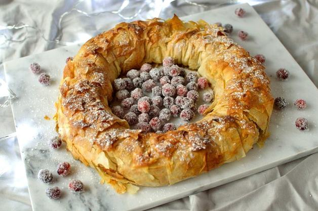 Apple and mincemeat filo pastry Christmas wreath