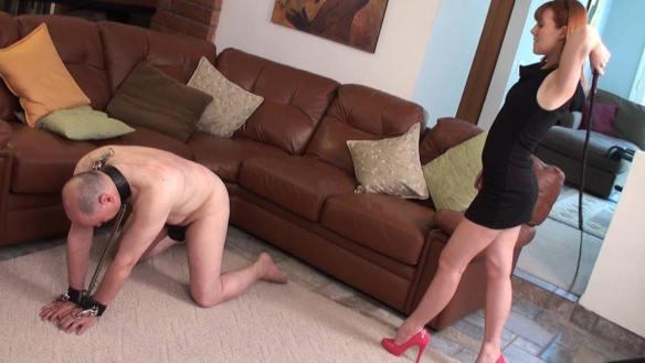 dominacion femeina dominatrix latigo