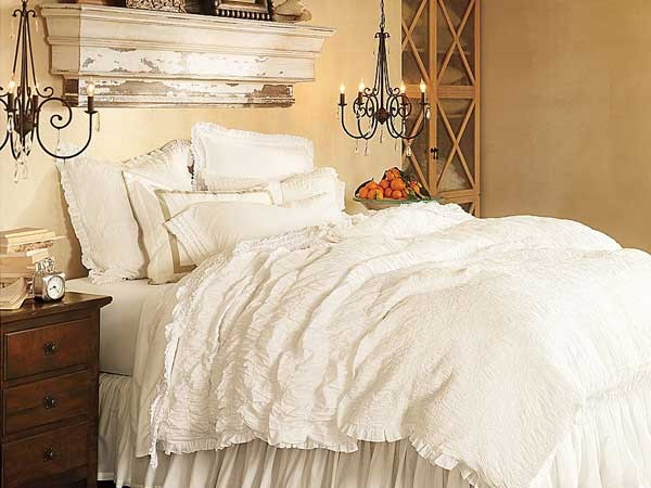 Provence-style-Bedroom_5-600x450