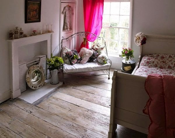modern-shabby-chic-living-room-decorating