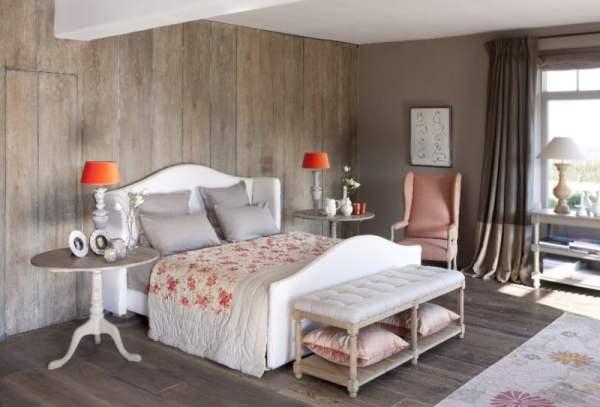 Chambre-et-lit-de-chez-Flamant-201201241313153l