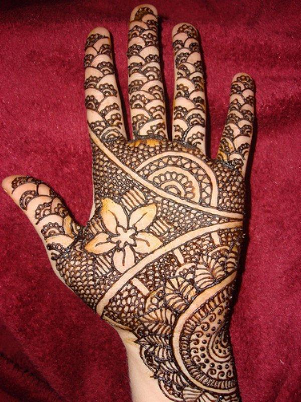 Complex Arabic mehndi Designs