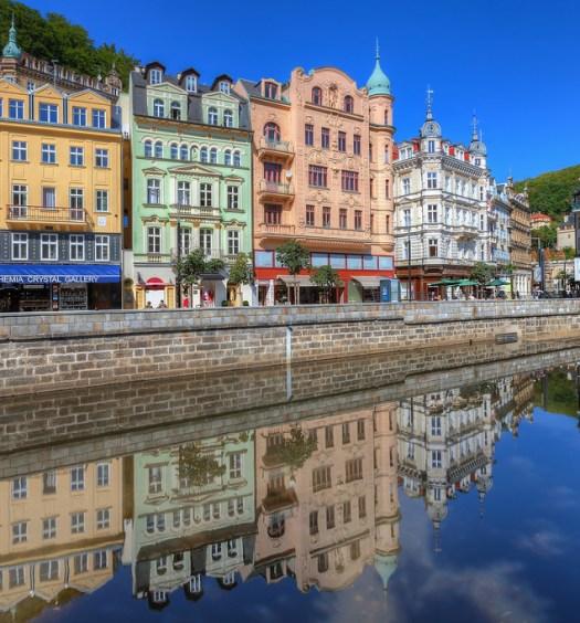 Karlovy-Vary-XL