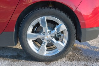 2014 Chevrolet Volt wheel