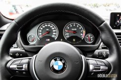 2015 BMW M4 cockpit