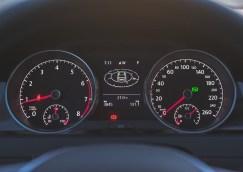 2015 Volkswagen Golf TSI instrument cluster
