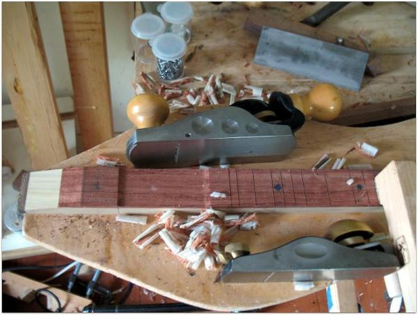 Tail-end of a dulcimer fingerboard