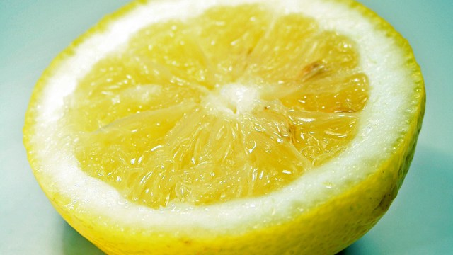 Sliced_lemon
