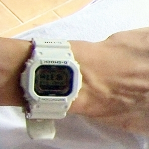 腕時計が見えよ♪
