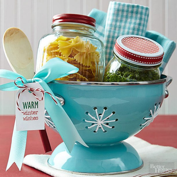 Do it yourself gift basket ideas for any and all occasions for Dinner party gift ideas