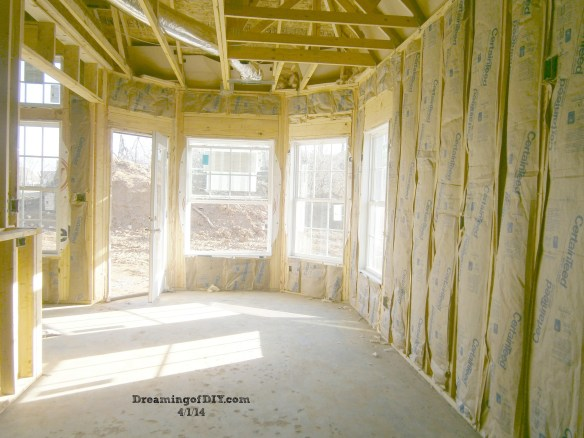 Eat-in Kitchen with insulation