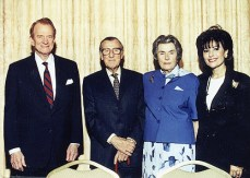 Embassador Roy Huffington, Lord and Lady Mountbatten and Dr. Gross