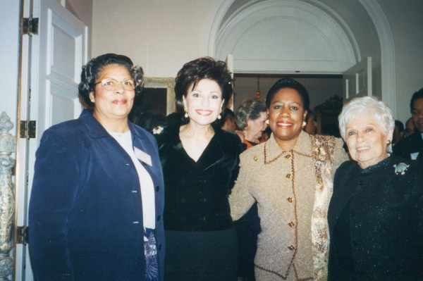 Dr. Gross, US Rep Sheila Jackson Lee, and Dr. G's mom Ida