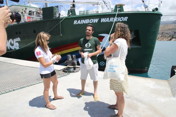 Pam Longobardi and Dianna Cohen, Plastic Pollution Coalition CEO, meet with Dimitris Ibramim, Defense Coordinator GREENPEACE Greece in Argostoli Port, Kefalomnia