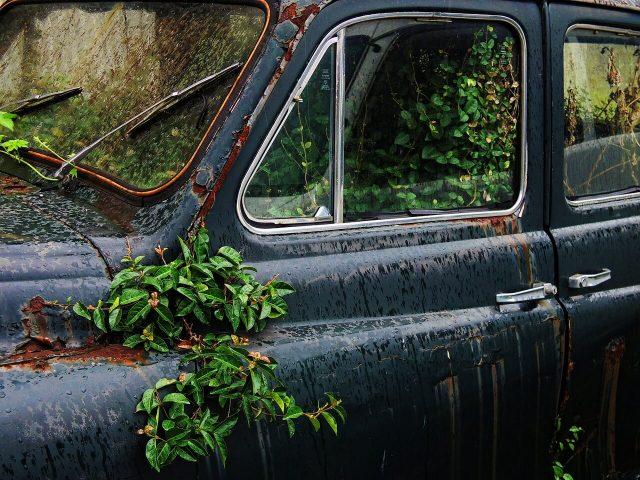 car-385465_1280