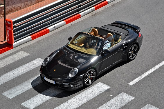 Convertible car owners tend to be wealthier and more educated