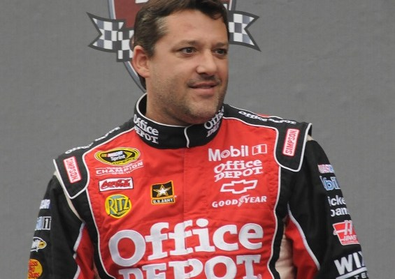Tony Stewart kills fellow race car driver in racing accident