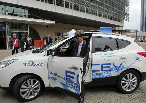 UK invests £11 million to put hydrogen vehicles on the road