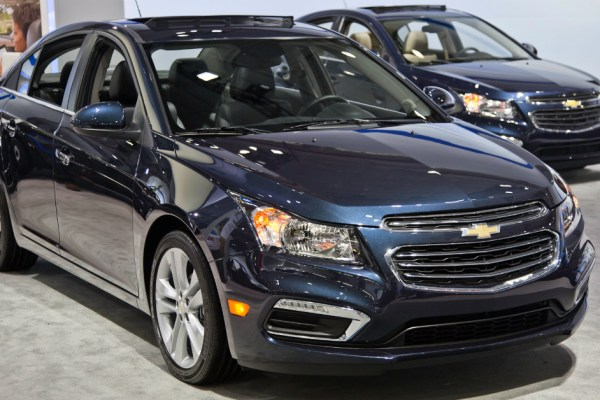 2015 Chevrolet Cruze Showroom