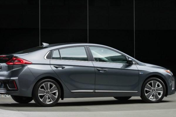 04.07.17 - Hyundai Ioniq