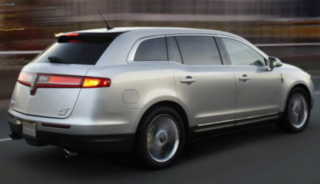 2018 Lincoln MKT Smooth Luxury Comfort Youll Love
