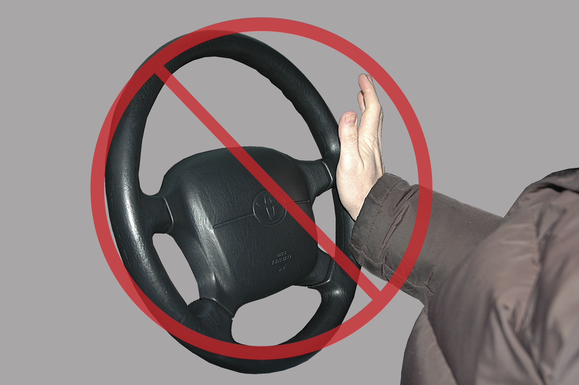 how to hold stiring wheel