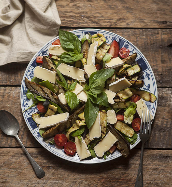 salad with roasted aubergine, grilled zucchini and brie