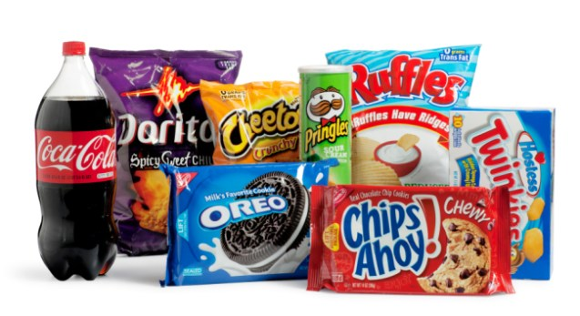 Why your brain makes you reach for junk food