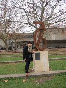 ゲッティンゲン大学七博士事件モニュメントにて。