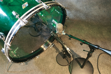 "Fig. 14 Two mikes on the resonant head of a 26"" acrylic bass drum."