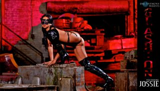 glashion-jossie-catwoman-03