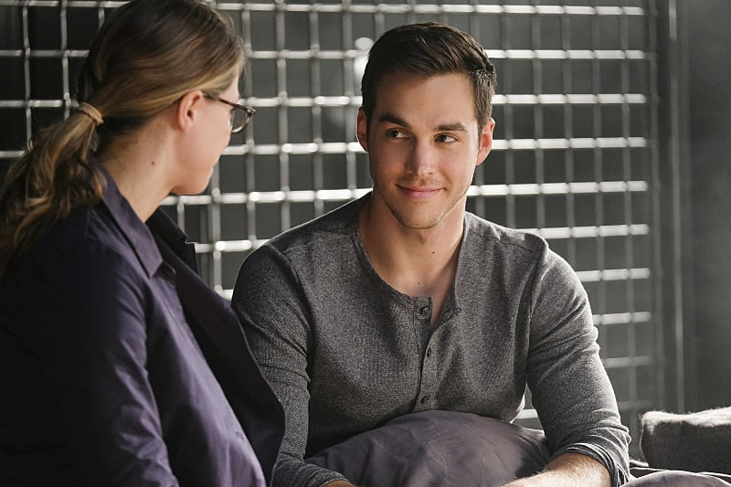 "Supergirl -- ""Crossfire"" -- Image SPG205b_0064 -- Pictured (L-R): Melissa Benoist as Kara/Supergirl and Chris Wood as Mon-El - Photo: Robert Falconer /The CW -- © 2016 The CW Network, LLC. All Rights Reserved"