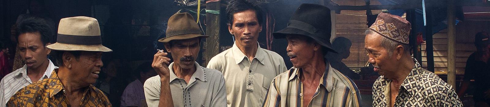 Povești cu triburi -III- Dayakii Halong, șamanii funcționari publici