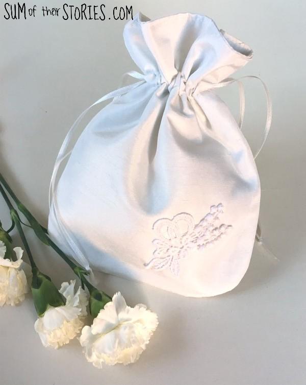 DIY bride's drawstring bag