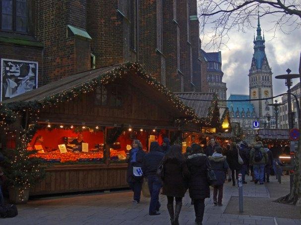 Hamburg Weihnachtsmarkt Petrikirche
