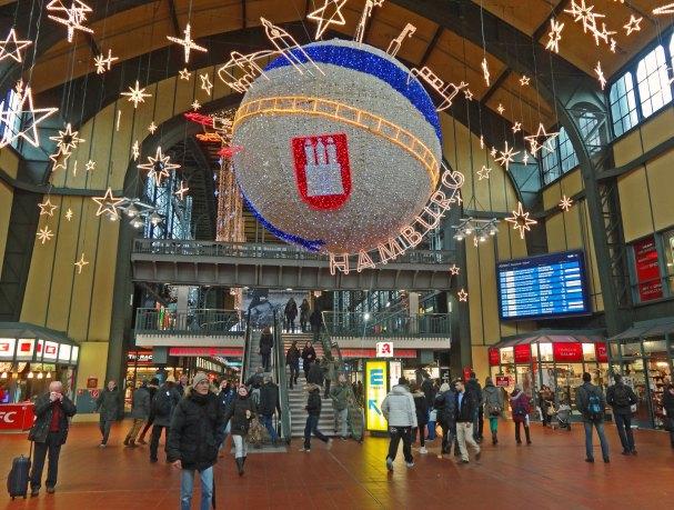 Na hamburskim dworcu (Hamburg Hauptbahnhof)