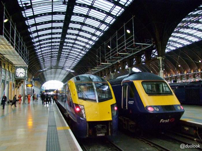 londyn-stacja-paddington-mis-pociag-komunikacja-pamiatki-wielka-brytania-paddingtontrail-atrakcje-dla-dzieci-anglia-00010