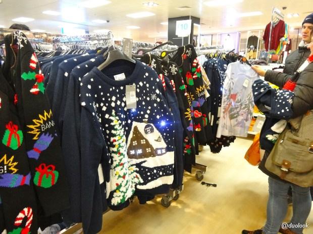 christmas-jumper-day-londyn-bozenarodzenie-wielka-brytania-swieta-zakupy-06
