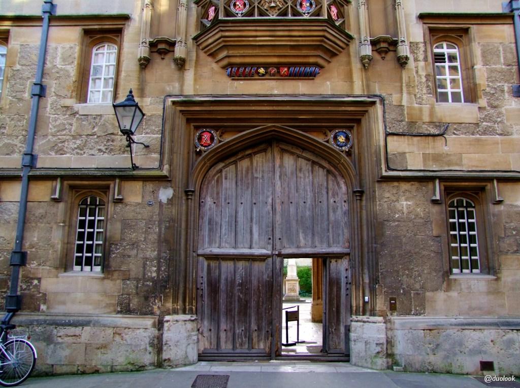 co warto zobaczyć w oksfordzie Corpus Christi College